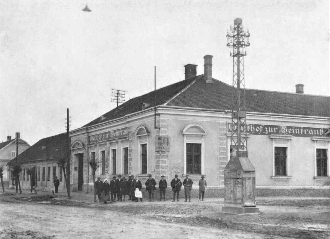 Gasthof zur Weintraube (Hauptplatz 2)